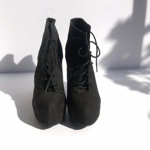 Divided by H&M high hill shoes